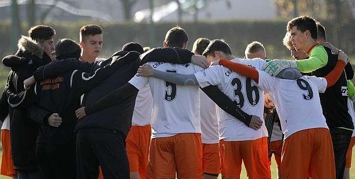 Młodzieżowe drużyny Chrobrego zagrają w ten weekend - zdjęcie poglądowe