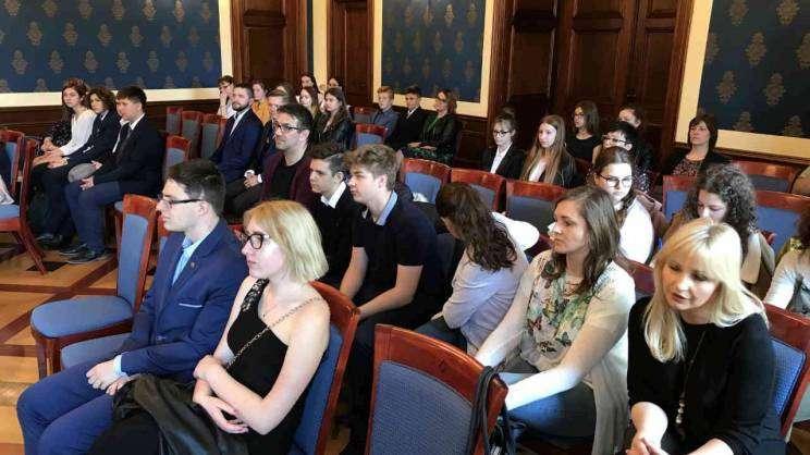 młodzieżowa rada Głogowa Sala Rajców 04.04.2019 fot. M. Dytwinska