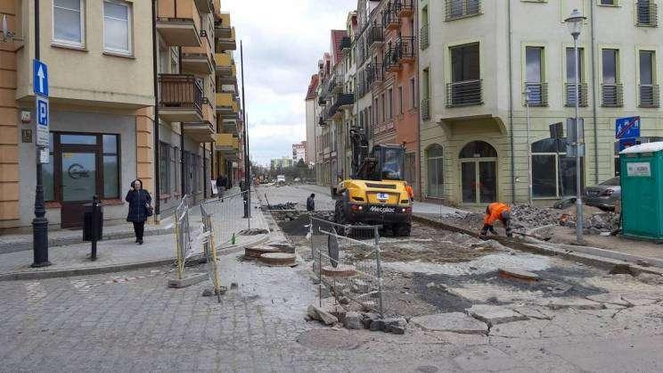 postęp prac na ul. Długiej stan na 11.04.2019
