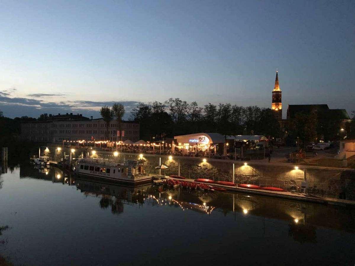 Marina nocą Głogów 04.05 2019 fot. M. Dytwińska-Gawrońska