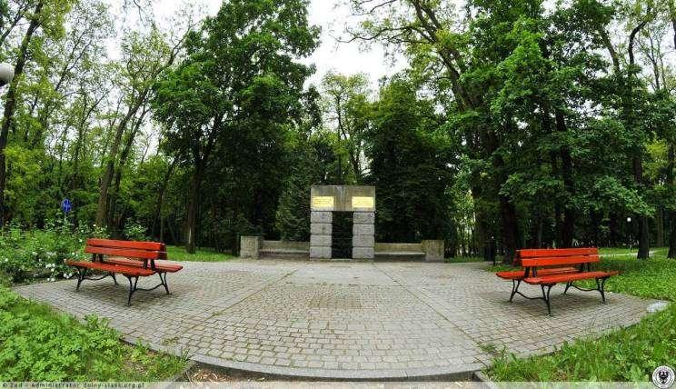 ebertPomnik_polskich_i_niemieckich_ofiar_wojny_przemocy_i_wypedzenia_1939_1945_Glogow_3896052-w1280-h1280