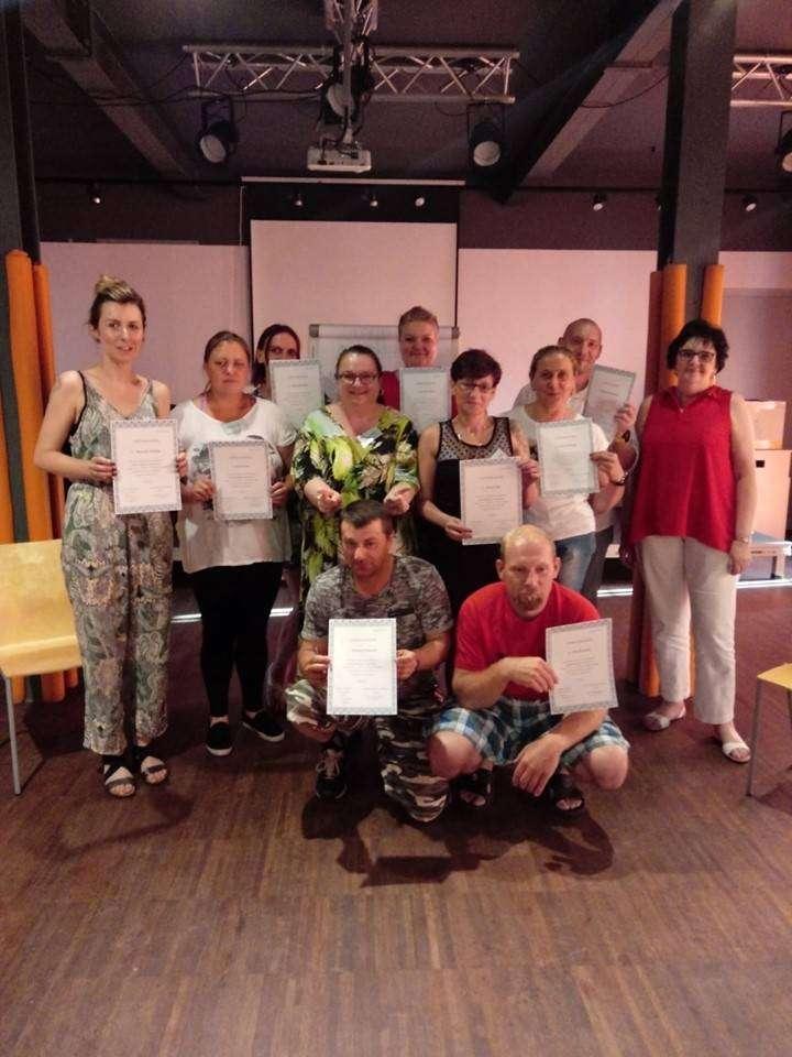 Kolejna-grupa-rodziców-ukończyła-kurs-w-MCWR