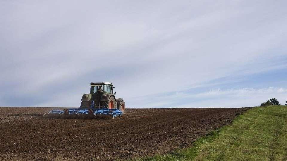 pixabay traktor
