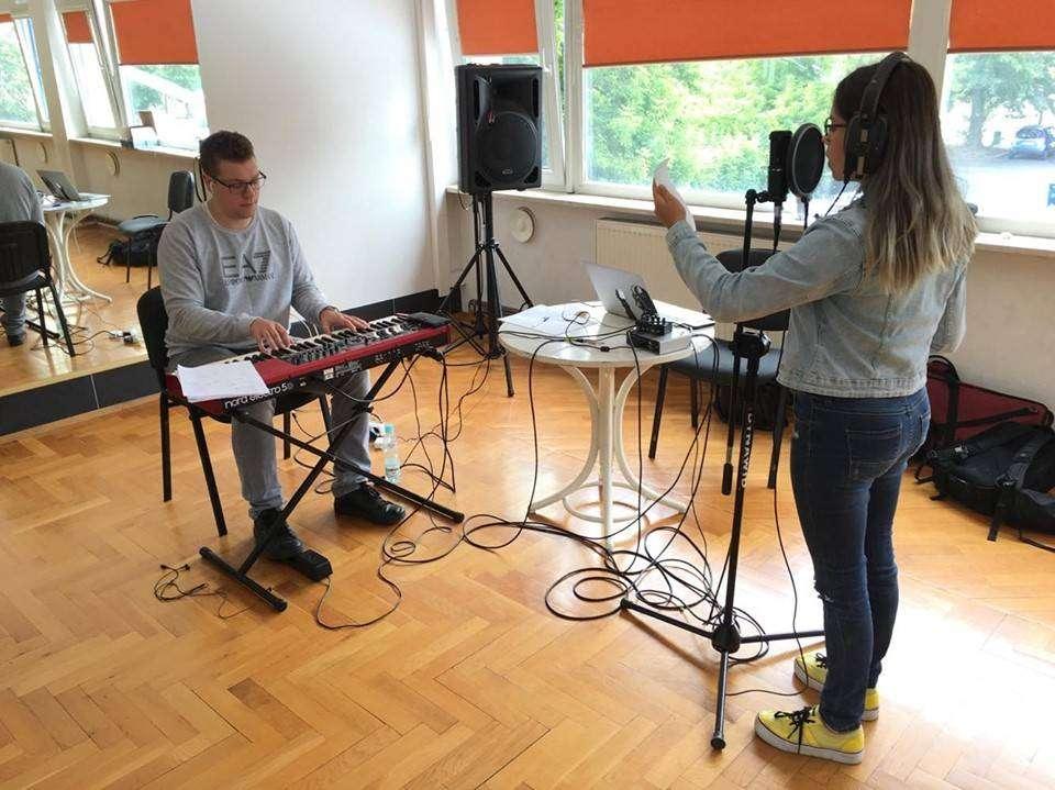 Zakończenie-warsztatów-wokalnych-dla-dzieci-w-MOK_7