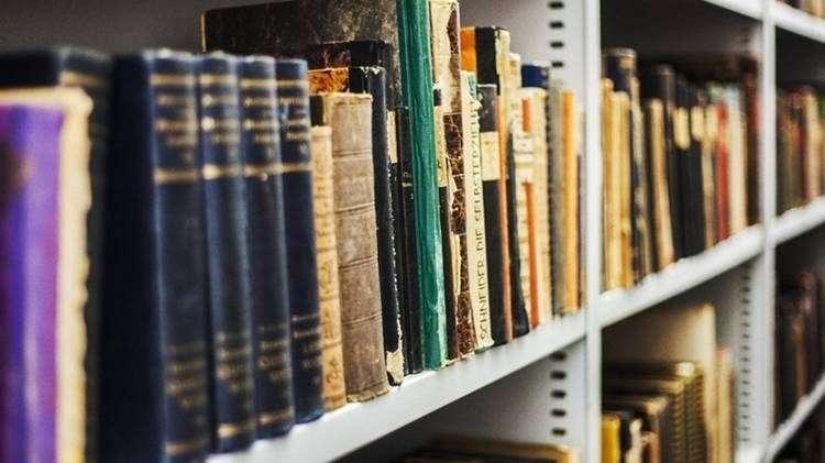 książki-biblioteka-Głogów