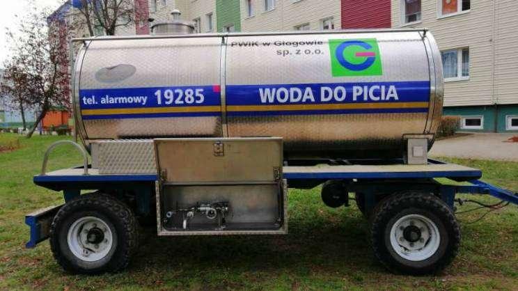 beczkowóz-woda-pitna-przerwa-w- dostawie -wody-PWiK Głogów zajawka-w800-h600
