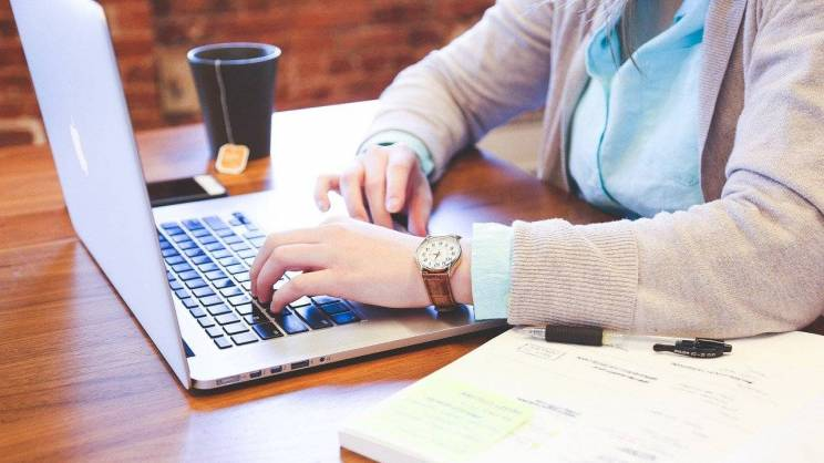 laptop (fot. Pixabay)