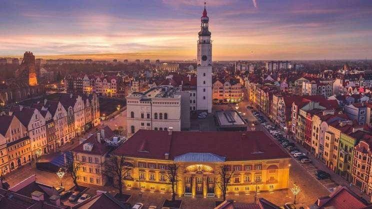 panorama Rynku z Teatrem T. Wadas-zajawka