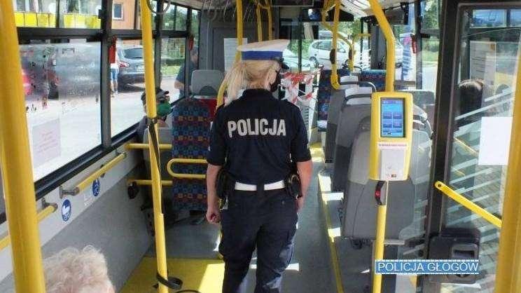 autobus_maseczki-policyjne-kontrole-autobusy-Głogów-zajawka