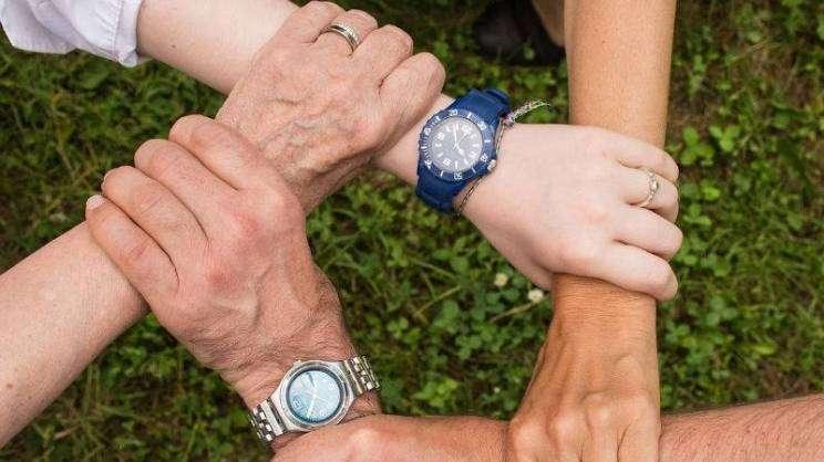 ręcę-współpraca-wolontariat-fot.pixabay-w800-h600