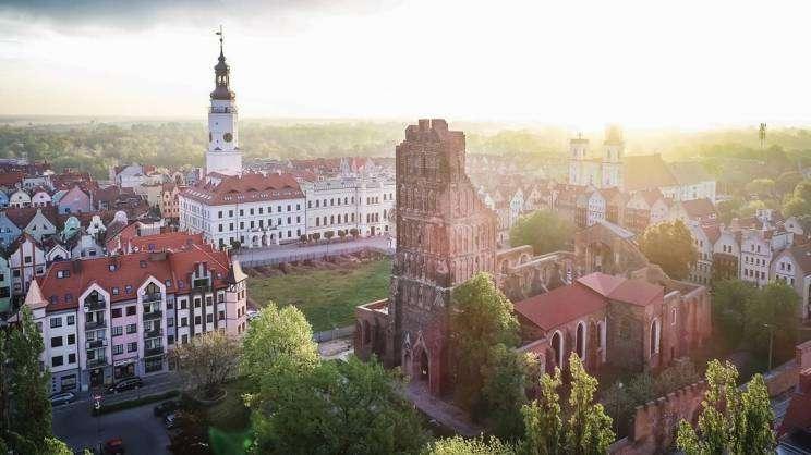 widok starego miasta z lotu ptaka Głogów.fot. StudioSiwek
