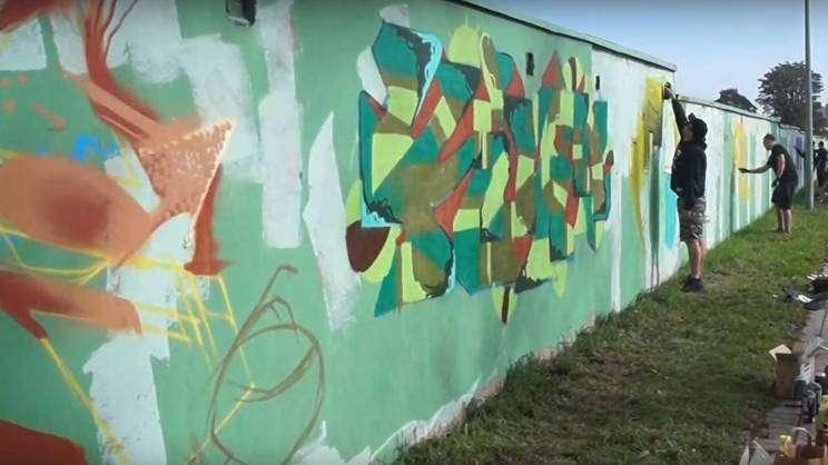 kasztanowe graffiti