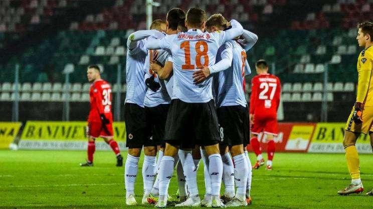 mecz Chrobry - Zagłębie (fot. Ł. Jaremkiewicz) (1)