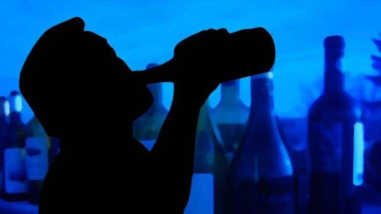alkohol-uzależnienie-nałóg-grafika-pixabay-zajawka