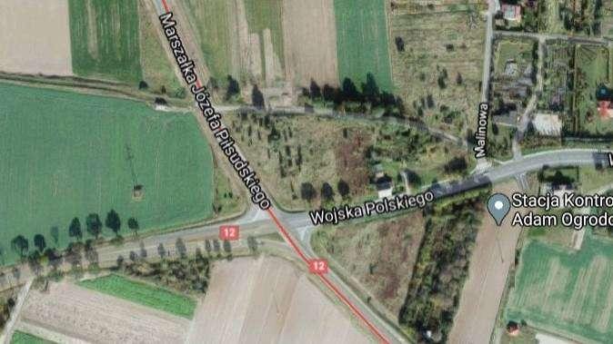 widok z lotu ptaka na skrzyżowanie w Glogowie, googlemaps
