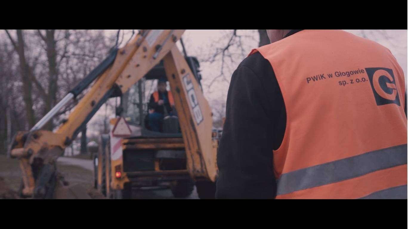 prace na sieci wodociągowej PWiK w Głogowie 15.03.2021