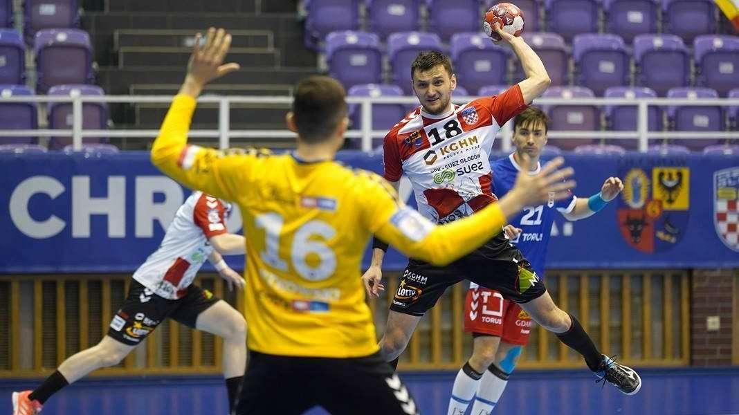 mecz-pilki-recznej-Chrobry-Totus-Wybrzeze-Gdansk-10.04.2021-Glogow-3