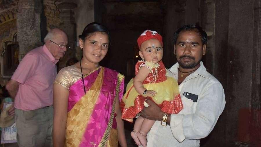 na zdjęciu indyjska rodzina fot. Grażyna Sroczyńska