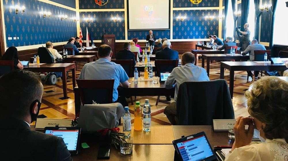 16.06.2021_sesja-absolutoryjna-Rady-Miejskiej-w-Glogowie