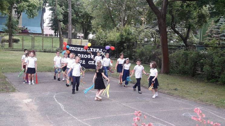 Pożegnanie-szesciolatkow-w-przedszkolu-publicznym-nr-5-w-Glogowie.-15.06.2021r