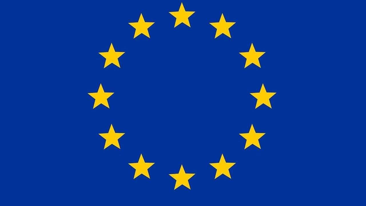 flaga unii europejskiej pixabay