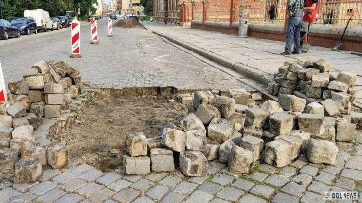 Ulica piaskow w Głogowie_remont_kostki_brukowej_26.07.2021r (6)