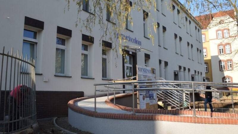 budynek przychodni przy Sikorskiego, M. Komperda