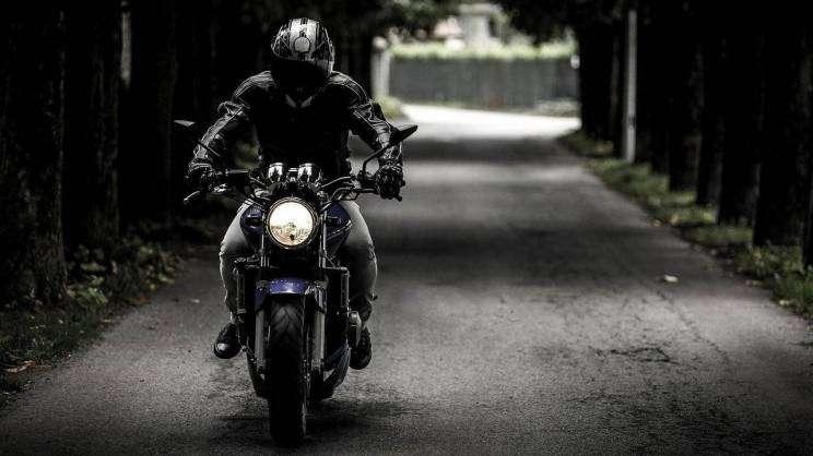 2021-08-06 motort (fot. pixabay)