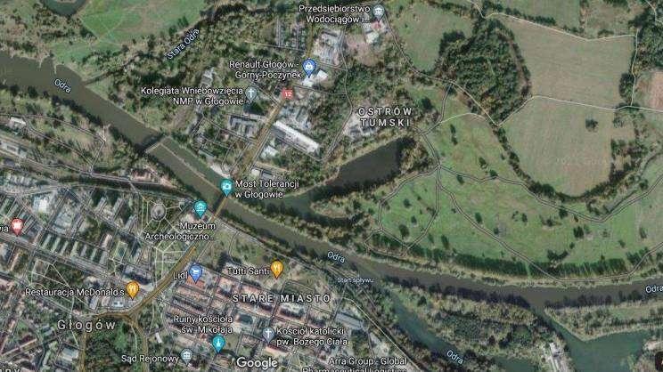 wyspa katedralna w Głogowie, google maps