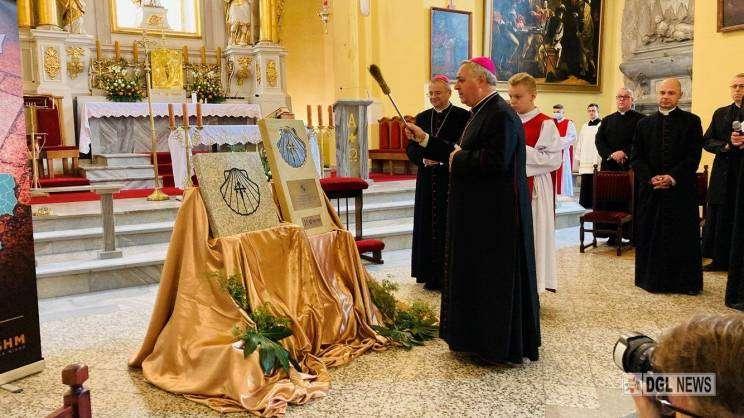 Poświęcenie przez Nuncjusza Papieskiego tablic wyznaczających Szlak Św. Jakuba, Głogów